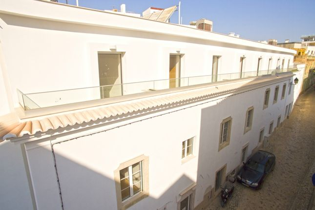 Thumbnail Hotel/guest house for sale in Portimão, Portugal