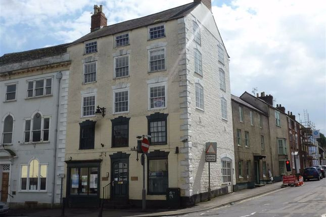 High Street, Wotton-Under- Edge GL12
