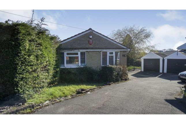 Thumbnail Detached bungalow for sale in Oxford Close, Gomersal