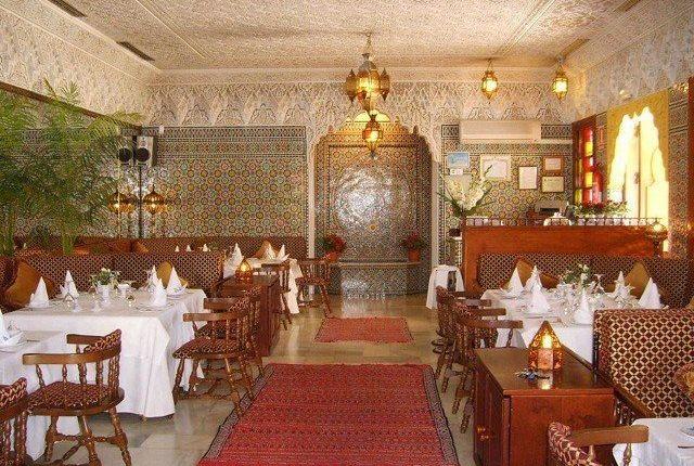 Thumbnail Restaurant/cafe for sale in Paseo Maritimo Rey De Espana, Castillo Sohail Myramar, Fuengirola