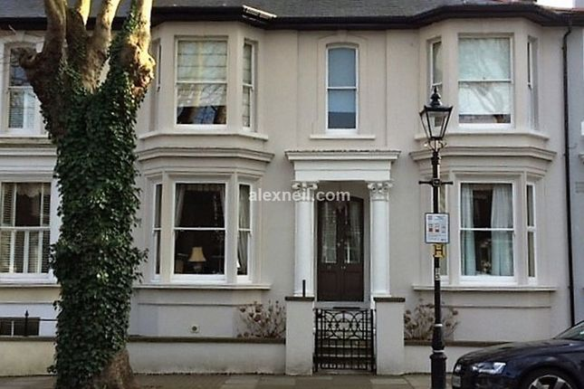 Thumbnail Town house for sale in Cambridge Road, Southend-On-Sea