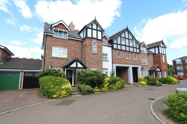 Thumbnail Maisonette to rent in Arderne Place, Alderley Edge