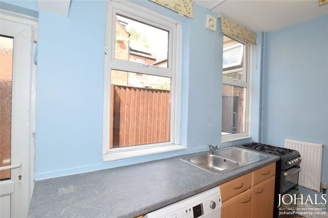 Picture No. 12 of Edward Road, Leicester LE2