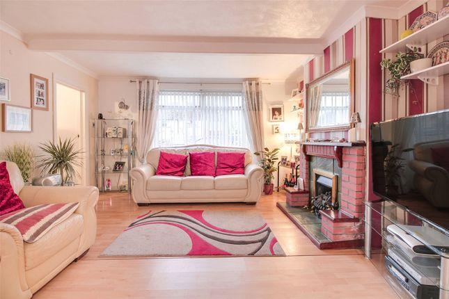 Lounge of Essex Road, Maidstone ME15