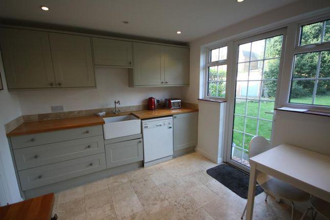 Thumbnail Flat to rent in Lockchase, Blackheath