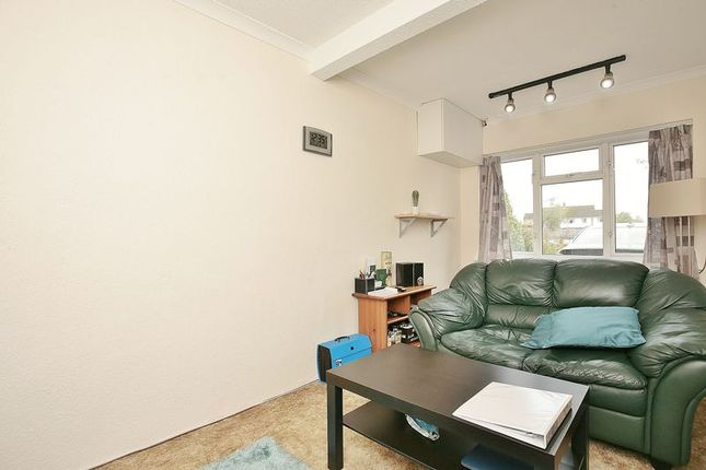 Bedroom 3/Study of Fawn House, The Ridgeway, Bloxham OX15