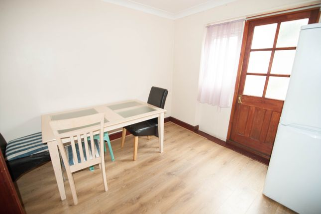 Thumbnail Terraced house to rent in Beaconsfield, Southall