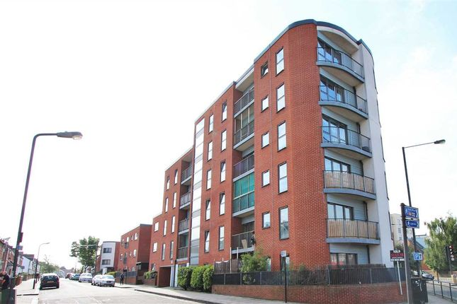 Thumbnail Flat for sale in Sunset House, Grant Road, Harrow