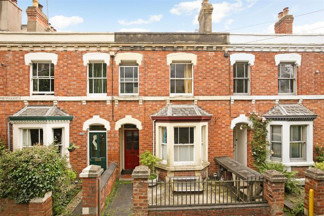 Thumbnail Terraced house for sale in Bisley Road, Stroud
