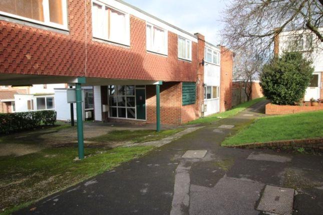 Thumbnail Property to rent in Beaulieu Court, Basingstoke