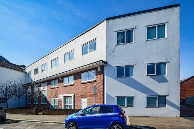 Thumbnail Office to let in Twin Sails House, Poole