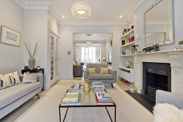 Main Picture of Greenside Road, London W12