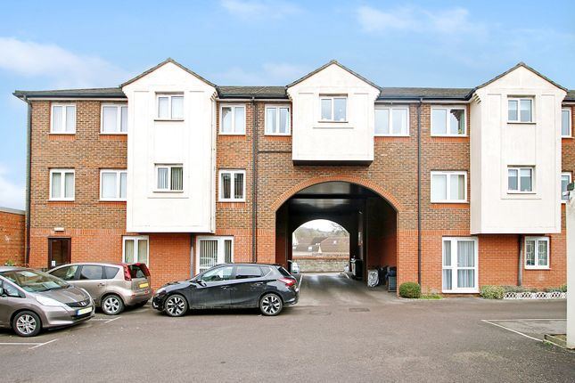 Thumbnail Flat to rent in Station Road, Warminster