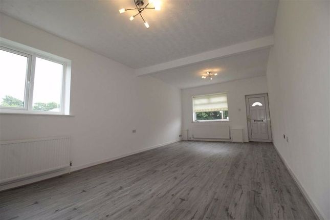 Thumbnail Property to rent in Manchester Road, Kearsley, Bolton