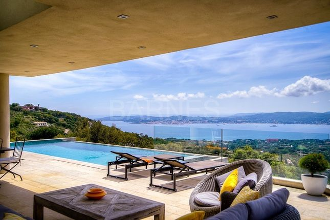 Thumbnail Villa for sale in Grimaud, Grimaud, France