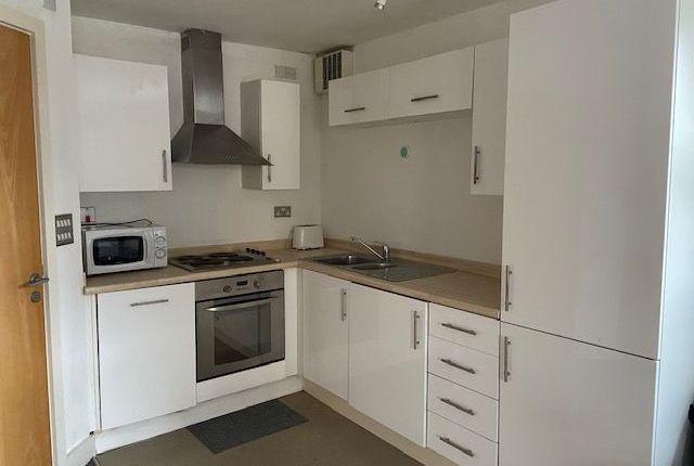 Studio to rent in Apartment, Ty John Penri, St. Helens Road, Swansea SA1