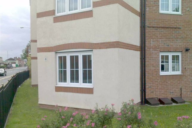 Thumbnail Flat to rent in Ruskin Court, Farnworth, Bolton