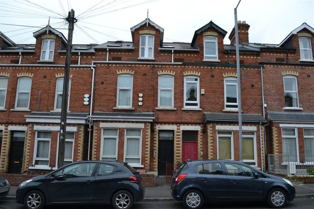 Thumbnail Flat to rent in 2, 14 Ireton Street, Belfast