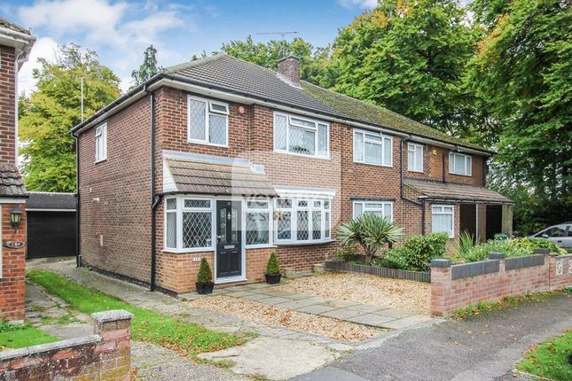 3 bed semi-detached house to rent in Rossfold Road, Luton LU3