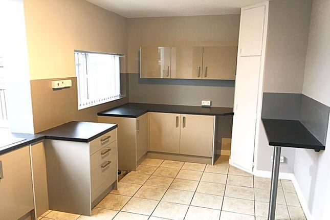 Thumbnail Semi-detached house to rent in Cadley Drive, Fulwood, Preston