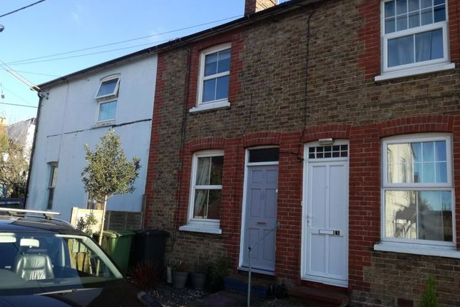 Thumbnail Terraced house to rent in Upper Grove Road, Alton
