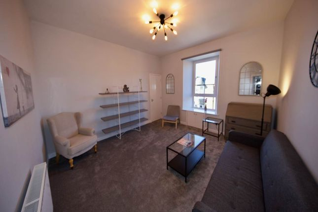 Flat to rent in Hilltown, Dundee