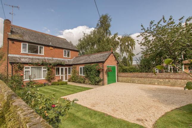 Thumbnail Detached house for sale in Burcott Lane, Bierton, Aylesbury