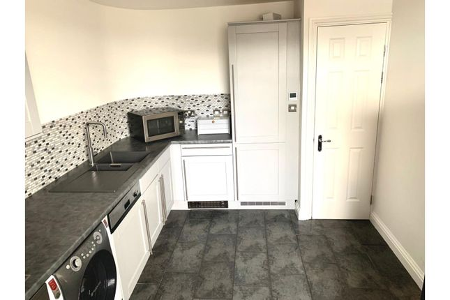 Thumbnail Flat for sale in 15 Spa Road, Gloucester