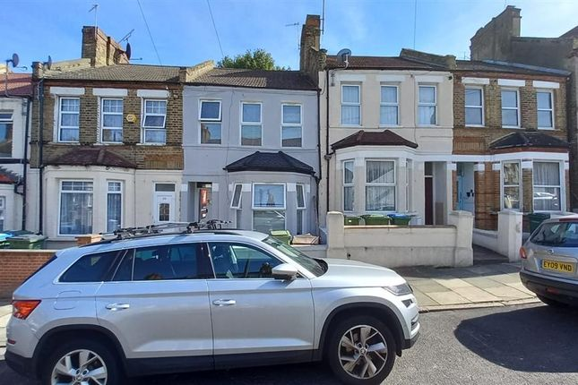 5 bed terraced house for sale in Piedmont Road, London SE18