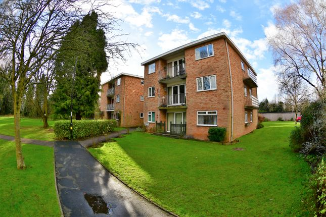 2 bed flat to rent in Christie Court, Halifax Close, Astley