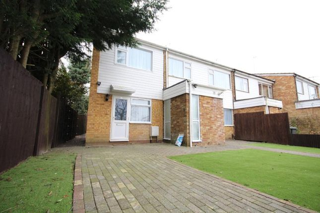 Thumbnail Semi-detached house to rent in Fair Close, Bushey, Herts