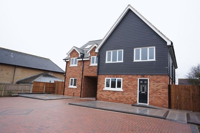Thumbnail Maisonette to rent in 3 Morris Mews, Burnt Mills, Basildon