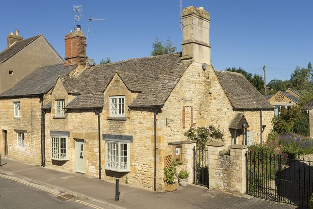 Thumbnail Semi-detached house to rent in Park Road, Chipping Campden