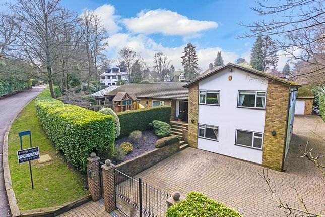 Thumbnail Detached house for sale in Long Hill, Woldingham, Caterham