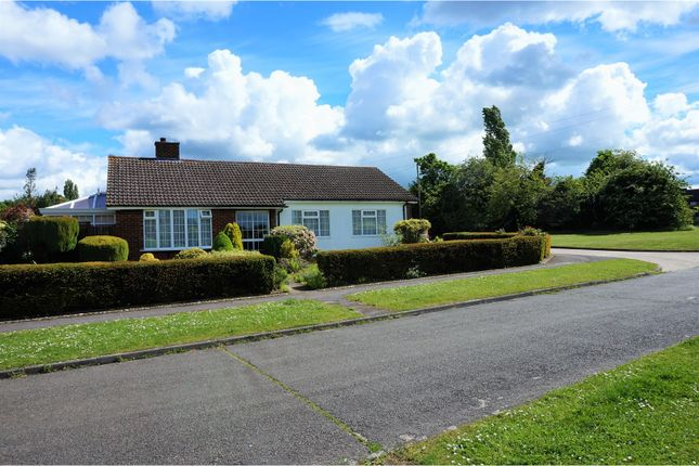 Thumbnail Detached bungalow for sale in Waysbrook, Letchworth Garden City