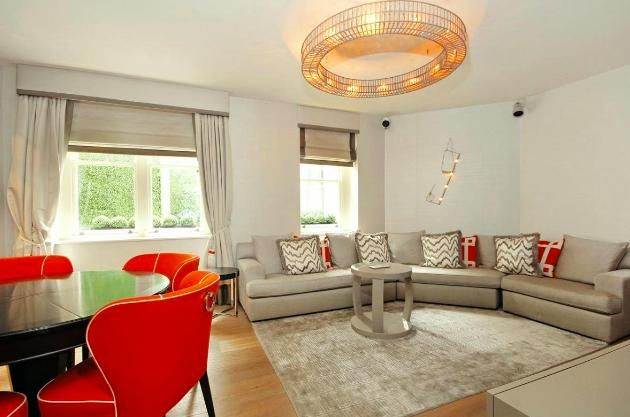Thumbnail Flat for sale in 51 South Street, Mayfair, London