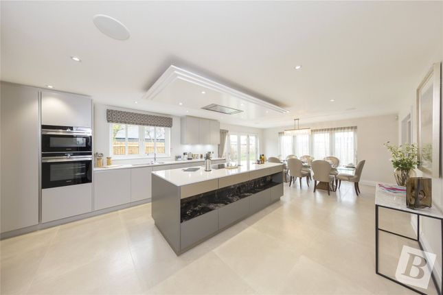 Thumbnail Link-detached house for sale in Old Lodge Court, White Hart Lane, Chelmsford, Essex