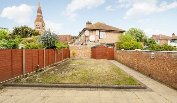 Thumbnail Detached house for sale in Vyner Road, Acton, London