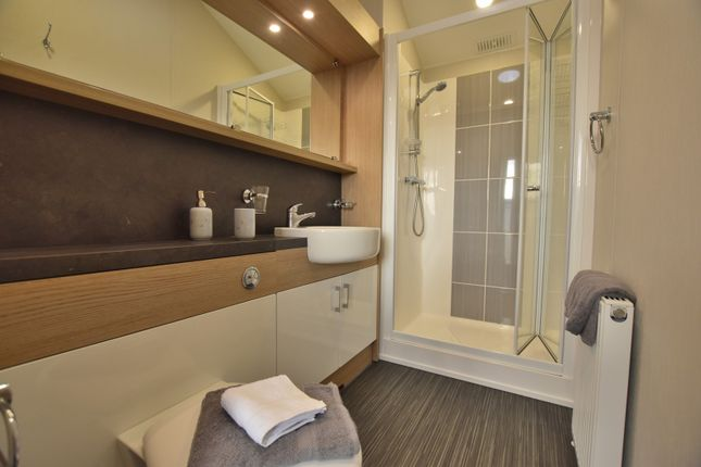 Shower Room of St. Osyth Beach Holiday Park, Clacton-On-Sea CO16