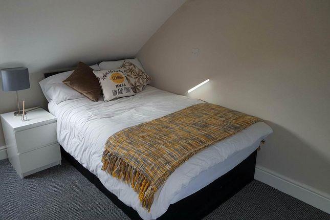 Room 5 77 Morley 2
