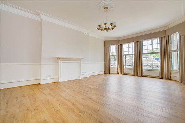 Thumbnail Flat to rent in Earls Court Road, Earls Court, London