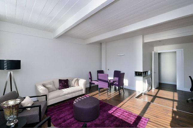 3 bed flat to rent in Angel, Old Street, Clerkenwell, London EC1V