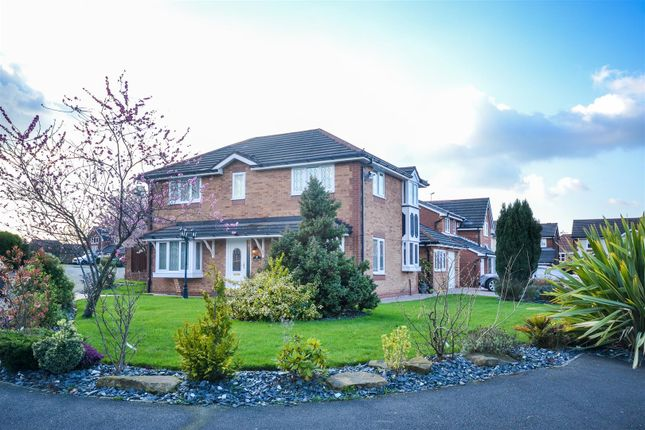 Thumbnail Property for sale in Nairn Close, Standish, Wigan