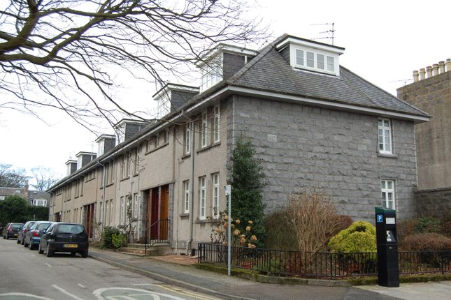 Thumbnail Flat to rent in Abbotsford Lane, Aberdeen