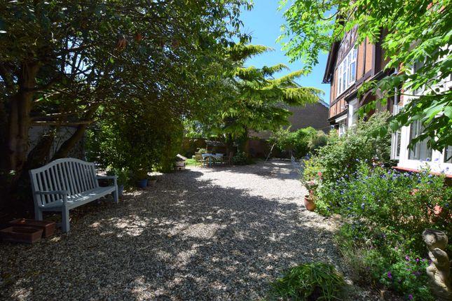 Drive/Garden of Park Lane, Eastbourne BN21