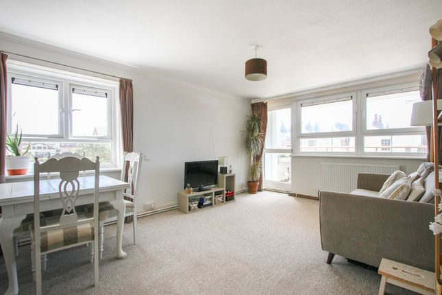 2 bed flat for sale in Warwick Mount, Montague Street, Brighton