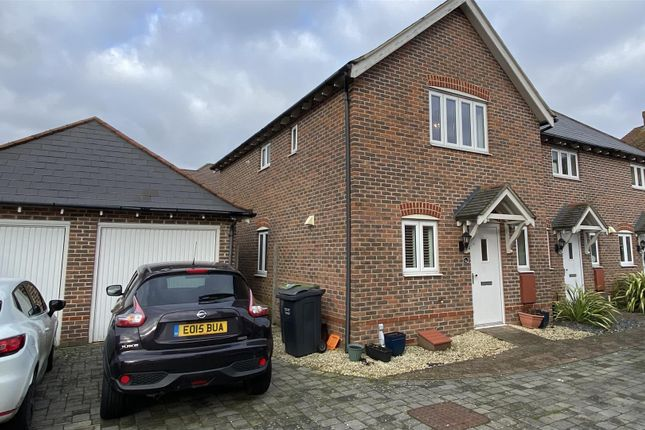 3 bed semi-detached house to rent in Francis Lane, Kings Hill, West Malling ME19