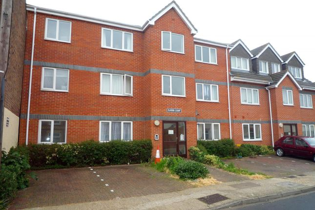 Thumbnail Flat to rent in Olivers Court, Winchester Road, North End