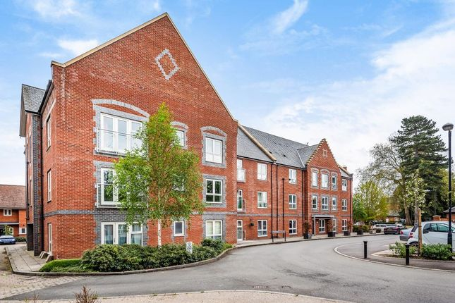 Thumbnail Flat to rent in Cholsey Meadows, South Oxfordshire