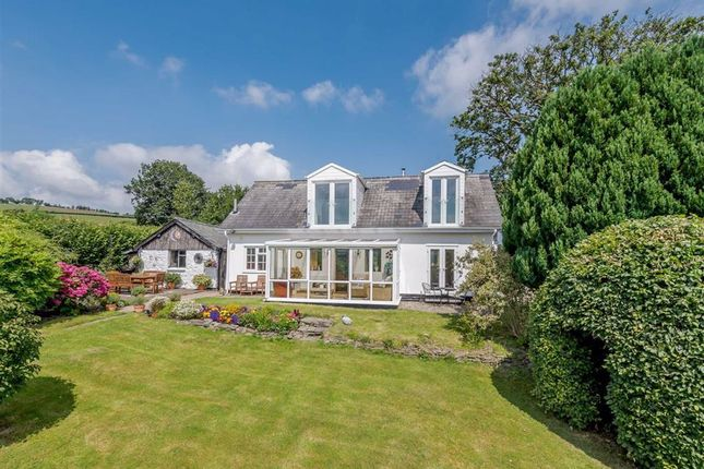 Thumbnail Cottage for sale in Pant Moel, Kerry, Newtown, Powys